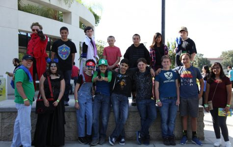 KFA club members arrive at Rowdy Con and gather for a group photo, with some unintentionally added cosplayers.