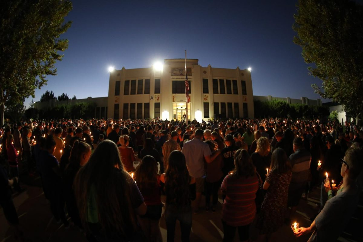 A+large+crowd+of+students%2C+staff%2C+and+community+members+joined+in+remembrance+of+Kelsey+Meadows+on+Wednesday+night.