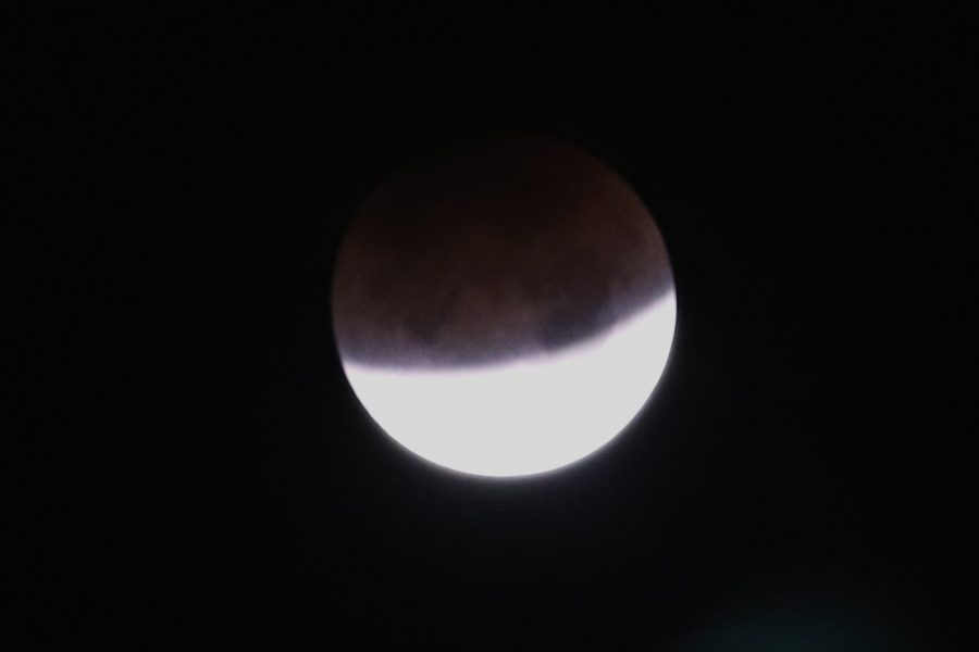 Totally Blue Supermoon Eclipse