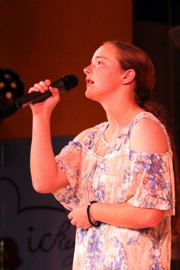 Raygan Wescott singing
