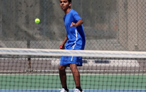 Varsity Tennis Sweeps McFarland in Doubleheader