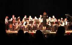 "Taft High's Christmas concert showcased the 200th birthday of ""Silent Night"""