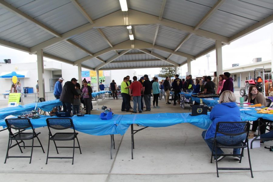 Students and staff gather in the quad during last year's event.