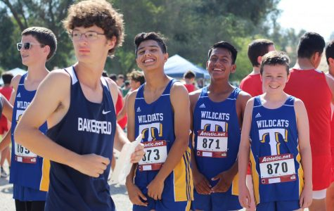Our Taft High JV boys getting ready for their 2-mile run at the Lake Ming invitational.