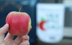 Garden Club brings Big Apple Crunch to TUHS students