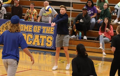 Seniors spike the competition
